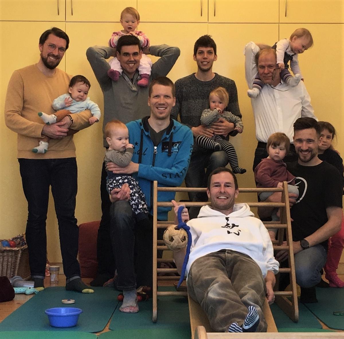 Vater, Vater sein, Vater-Kind-Kurs, Vater Bindung, Vater-Tochter, Vater-Sohn, Entwicklung